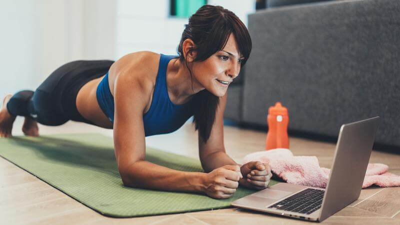 What Do Online Personal Trainers Do And Is It Worth Hiring One?